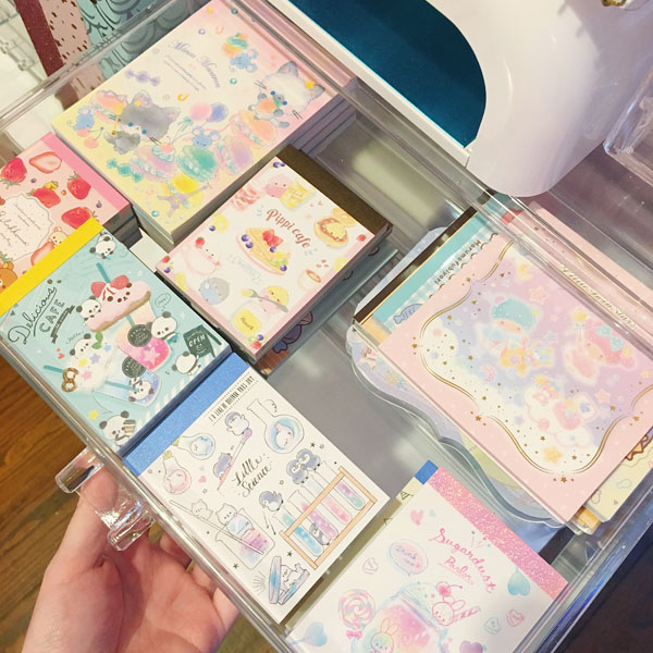 Kawaii Stationery Storage Ideas - memo pads