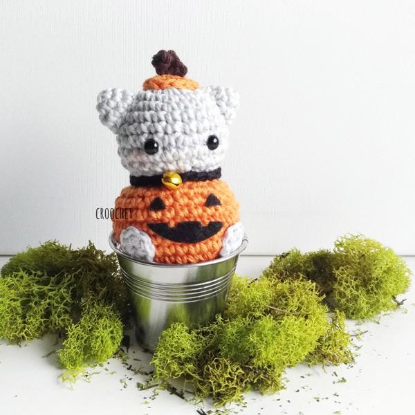 Free Halloween amigurumi crochet pattern