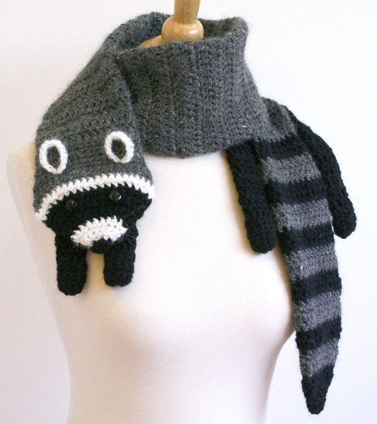 raccoon diy scarf pattern