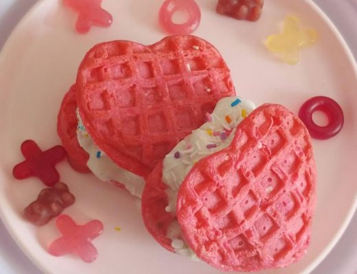 DIY Valentine's Day Ice Cream Sandwiches (Vegan)