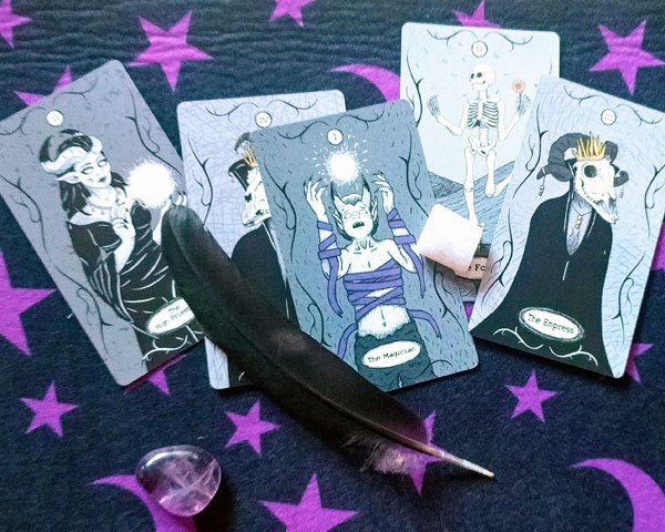 Creepy Kawaii Tarot Deck