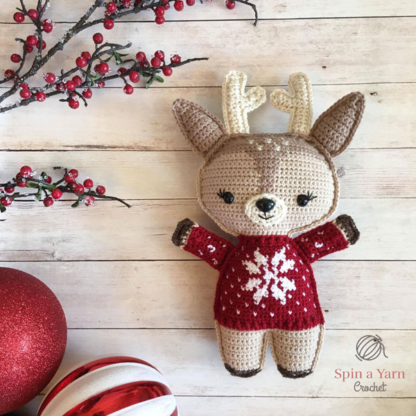 Kawaii Christmas amigurumi crochet patterns - deer