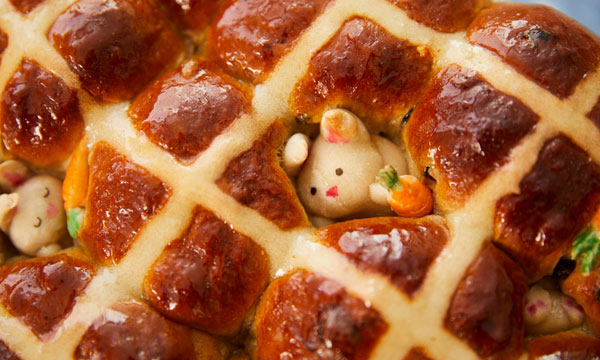 Cute Easter Crafts - hot cross buns