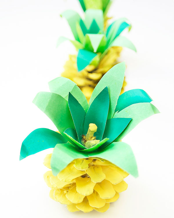 diy pineapple pinecone ornament