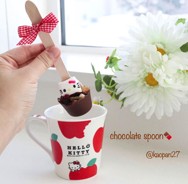 Hello Kitty hot chocolate spoons recipe