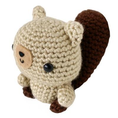 Crochet Amigurumi Squirrel : Crochet squirrel yarnables - tickle trunk Pinterest