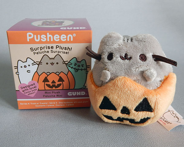 Pusheen Halloween Surprise Plush