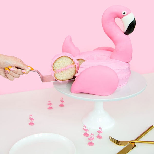 DIY Flamingo cake tutorial