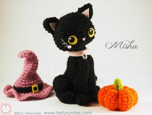 Halloween crafts - black cat amigurumi plush pattern