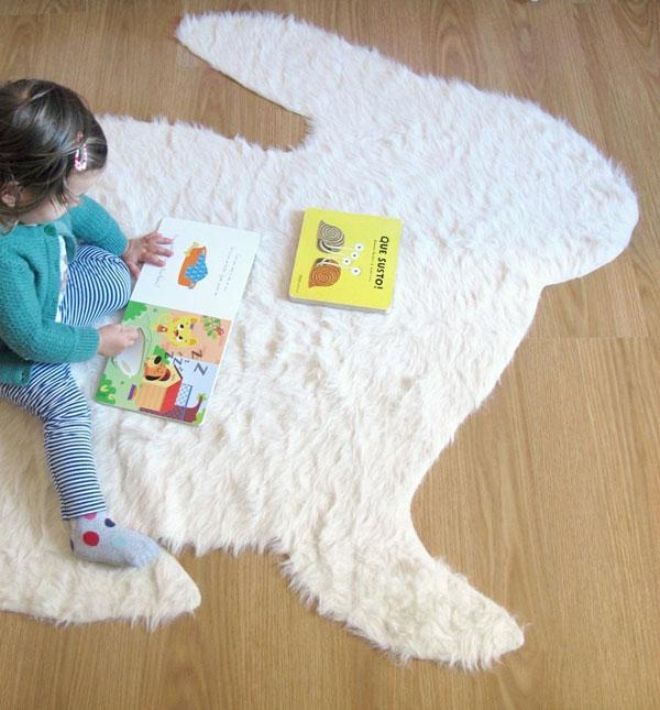 No-Sew Fabric DIY - fluffy rug