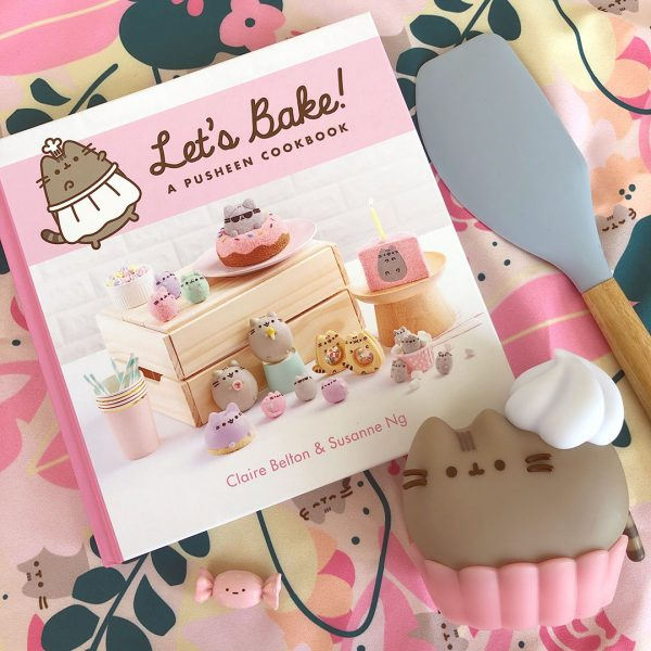 Let's Bake: A Pusheen Cookbook Review