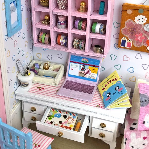 Super Cute Kawaii dollhouse kit