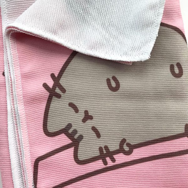 Pusheen Box - yoga towel