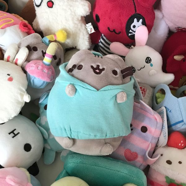 Pusheen Box plush
