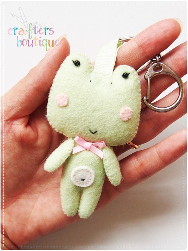 kawaii frog felt sewing pattern