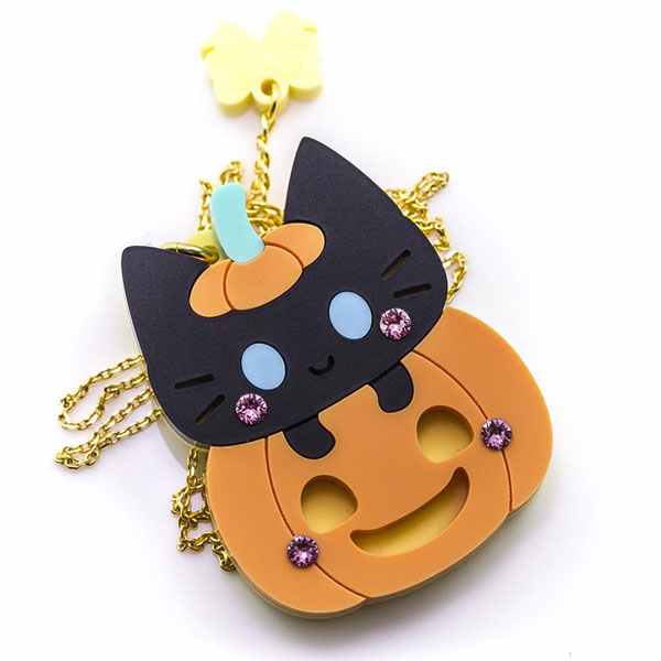 KumaCrafts black cat necklace