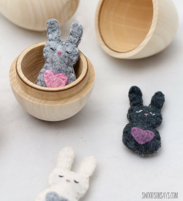 free easter crafts - felt bunnies