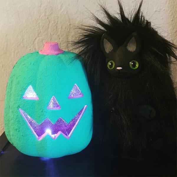 plsuh cat creature