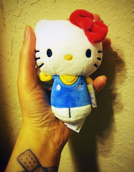 hello kitty itty bittys