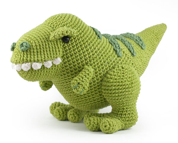 dinosaur amigurumi crochet pattern