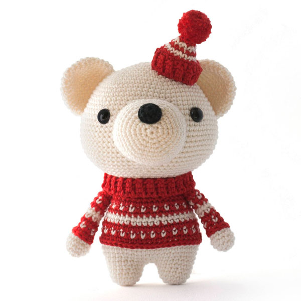 polar bear christmas amigurumi crochet pattern