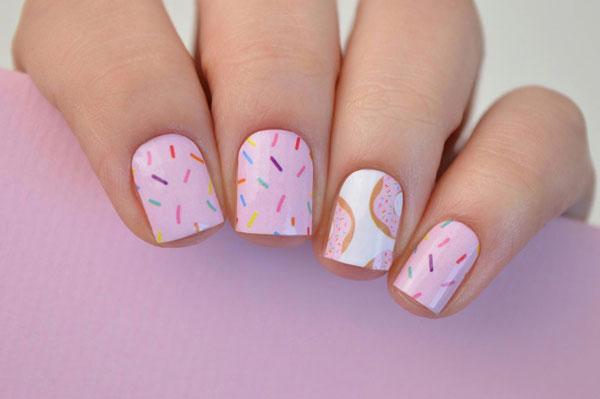 kawaii nail art