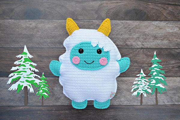 kawaii yeti amigurumi crochet pattern
