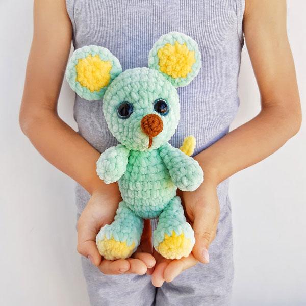 Year of the Rat Crafts - amigurumi crochet pattern