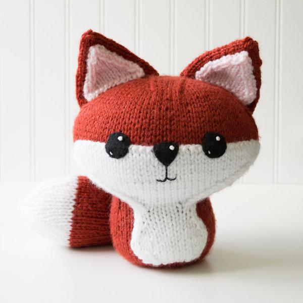 Kawaii Fall Crafts - fox knitting pattern