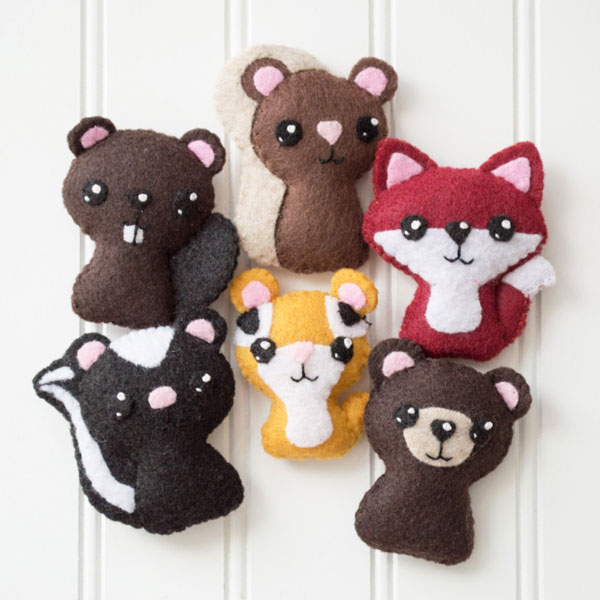Kawaii Fall Crafts - woodland animal felt plush pattern