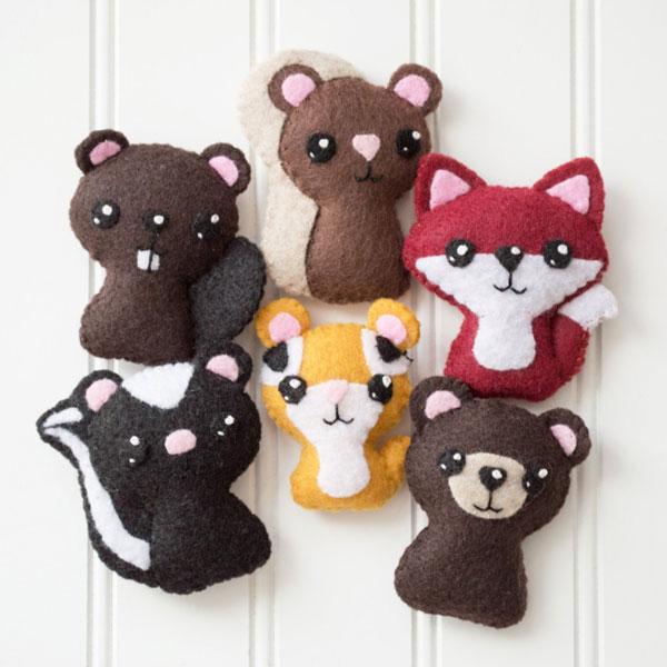 Kawaii Fall Crafts - woodland animal felt plush pattern