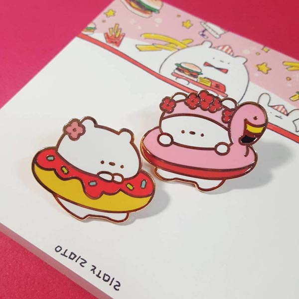 Kawaii enamel pins - summer bears