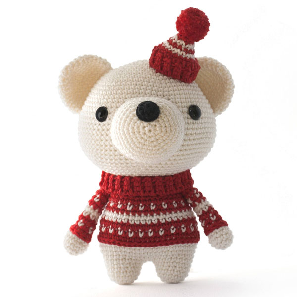 kawaii polar bear amigurumi crochet pattern