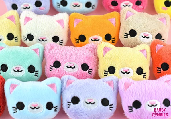 Kawaii hair accessories - plush pastel cats