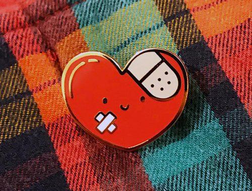 kawaii hearts enamel pin