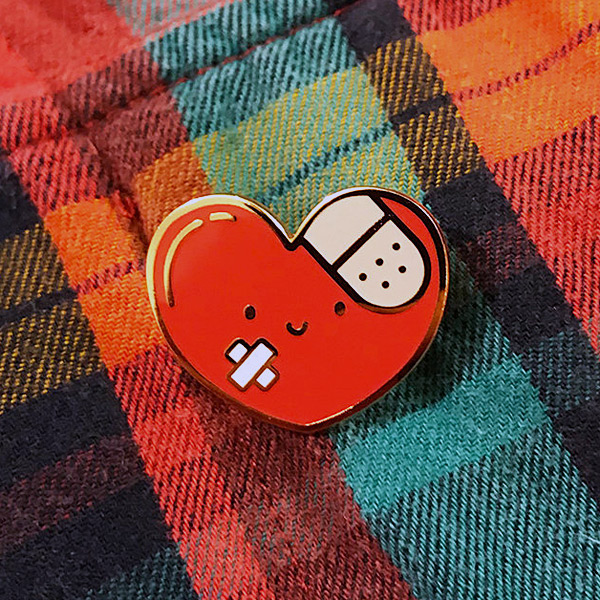 kawaii hearts enamel pin