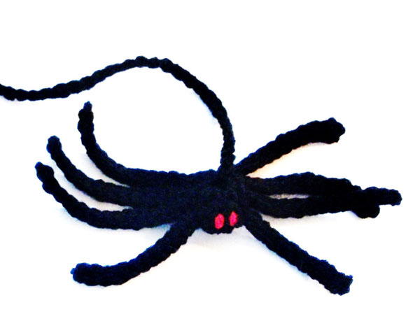 creepy cute spider cat toy