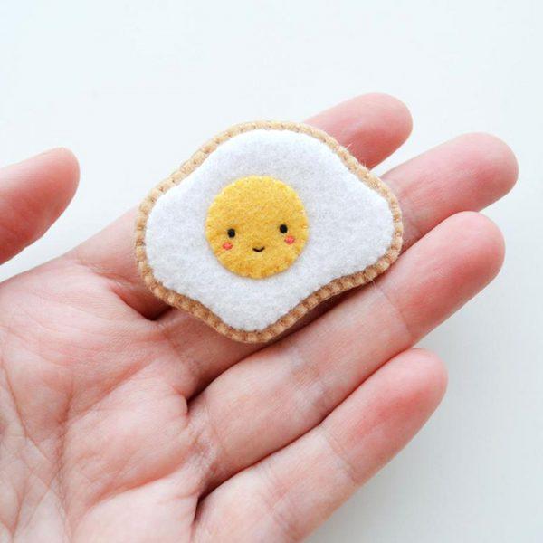 kawaii fried egg brooch
