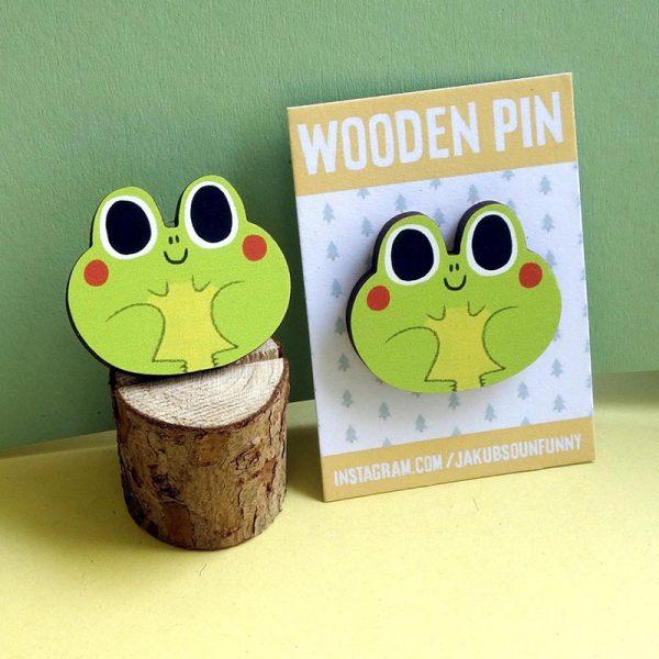 kawaii frogs wooden pin