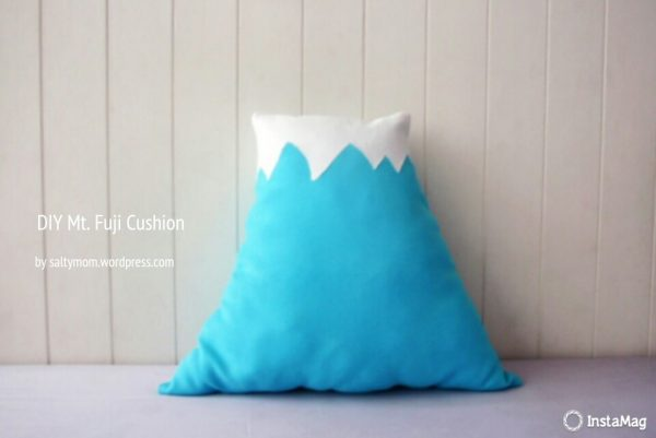 kawaii mount fuji DIY pillow