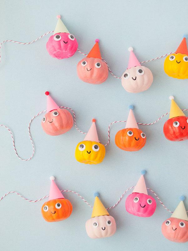 Kawaii Halloween pumpkin garland