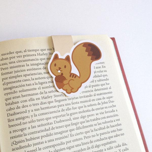 cute squirrels bookmark