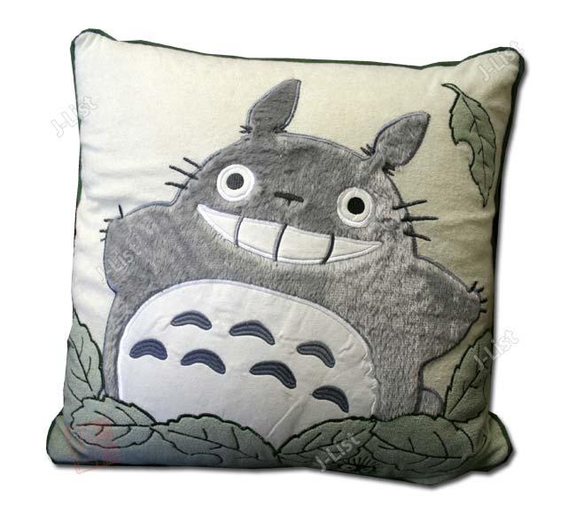 totoro cushion
