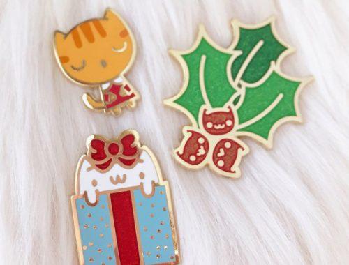 Cute Christmas Enamel Pins - holiday cats